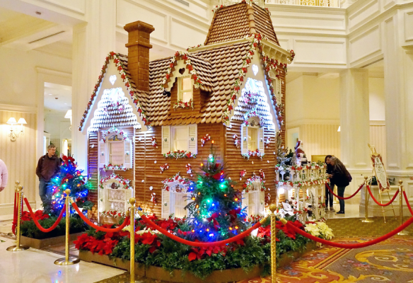 Grand Floridian Christmas Gingerbread