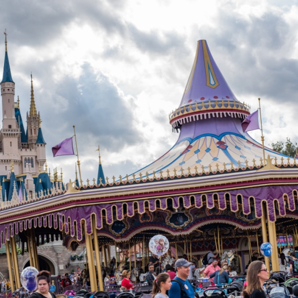 Regal Carrousel - Disney ride
