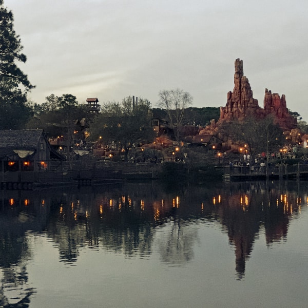 frontierland - magic kingdom
