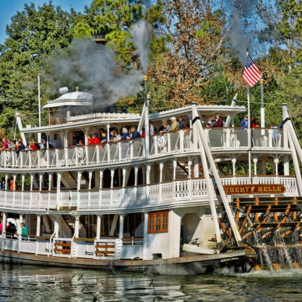 Liberty square riverboat - magic kingdom attraction