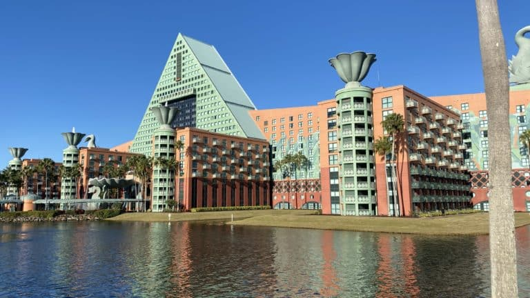 Disney World Swan and Dolphin Resort Review