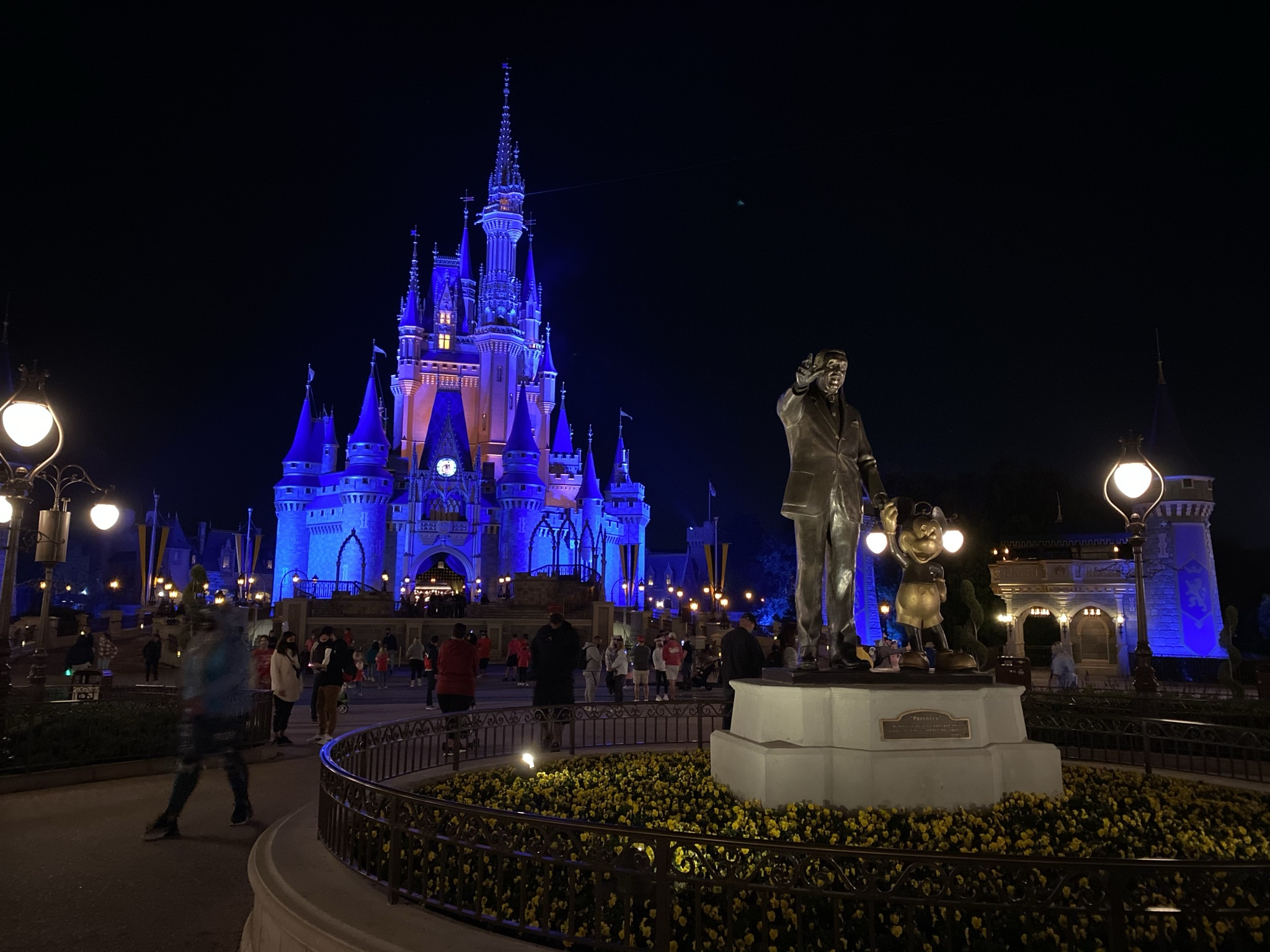things you cant do at disney world 2021